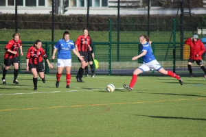 Sarah Kempson scores Portsmouth's third goal in their 3-0 win over Lewes on 9/2/14 (Photo: Matthew Sankey)