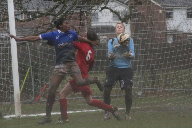 Ini Umotong in action for Portsmouth v Copsewood, Feb 22 2015 (Photo: Clive Jones)